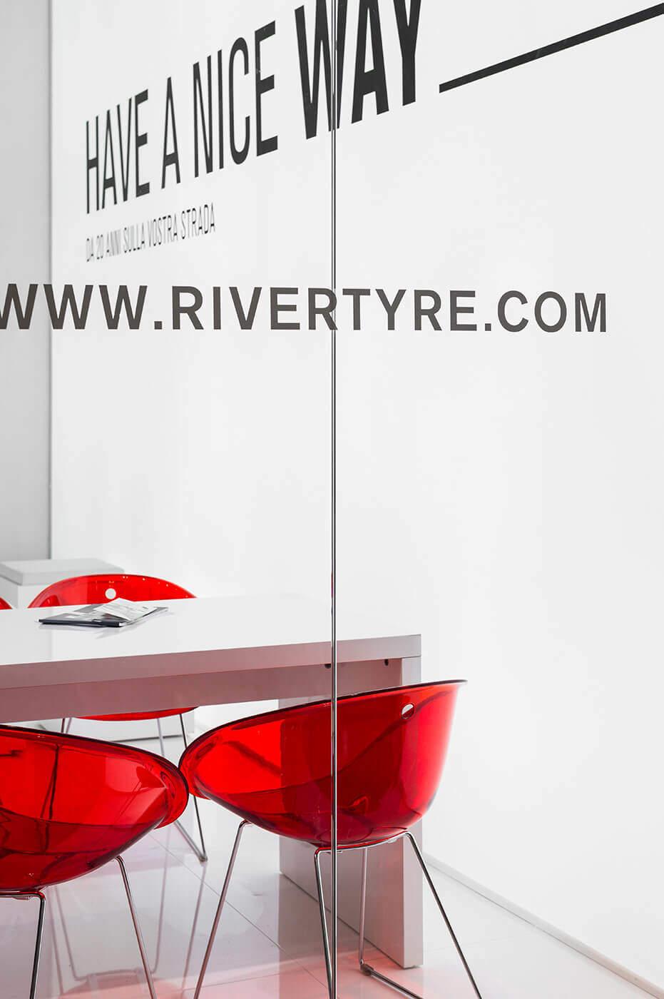 stand fieristico River Tyre fiera di bologna