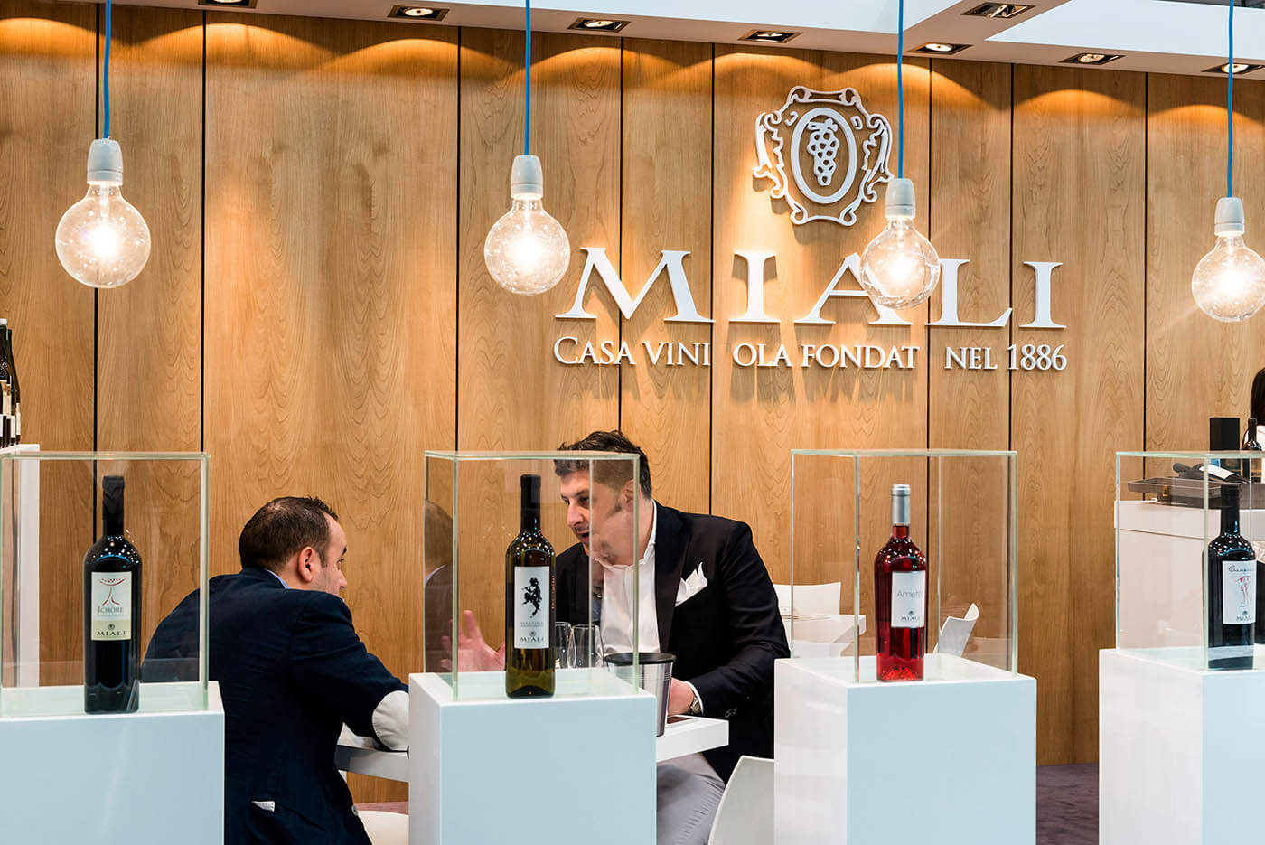 stand vinitaly cantine miali
